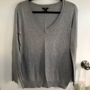 H&M gray V-neck sweater